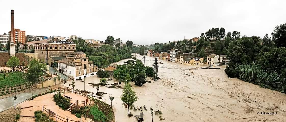 Fotografia de Ricardo Montés, on podem observar el nivell de l'aigua sobre el Molí el 12 de Setembre al fort temporal de DANA.